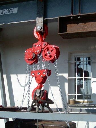 DOSTAWA GRATIS! 9588150 Wciągnik łańcuchowy stacjonarny (udźwig: 2,5 T, wysokość podnoszenia: 3m)